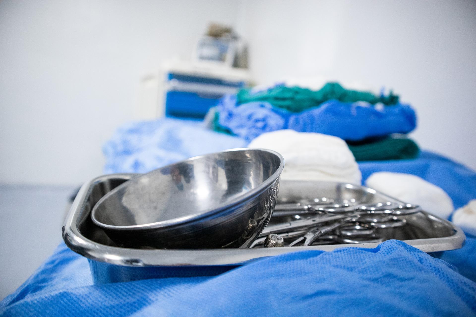 Hygieneschutz - Fliegengitter im Krankenhaus und in Pflegeeinrichtungen   www.fliegengittermacher.de